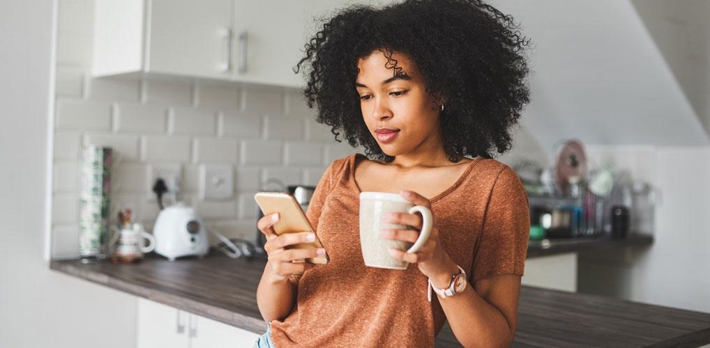 Voedingsdeskundige legt uit waarom koffie op een lege maag niet slim is