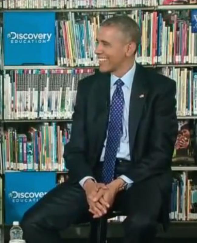 Jochie vindt dat Obama te veel praat en zegt er wat van