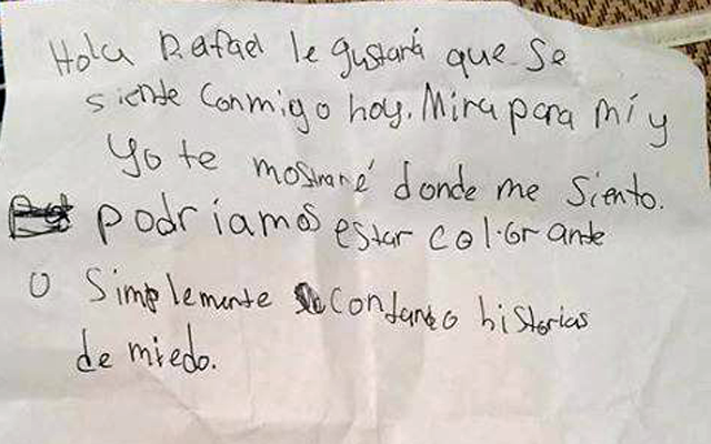 Schattig! Meisje schrijft brief voor Spaans klasgenootje via Google Translate