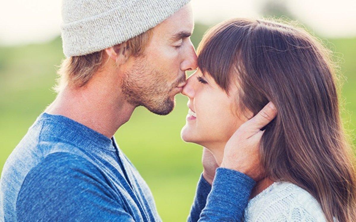 Bewezen: gelukkigere relatie door groter lengteverschil