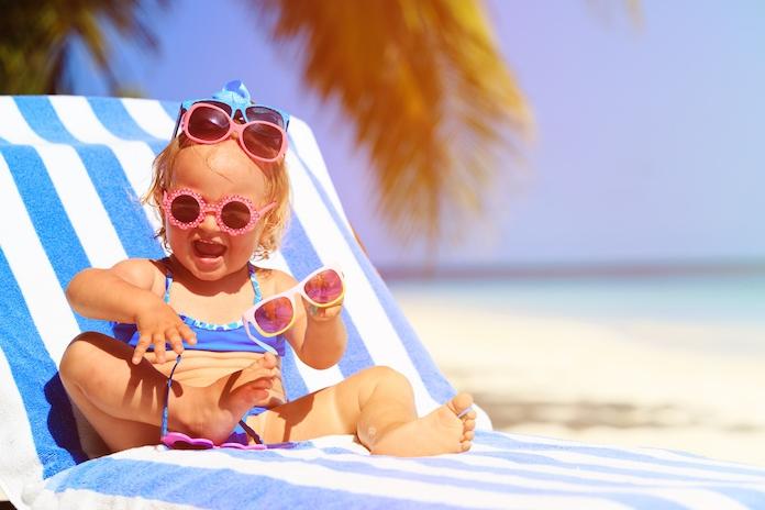 Stop 'm standaard in je tas: zonnebril is nét zo belangrijk als zonnebrandcrème