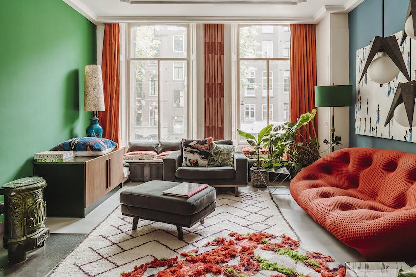 Binnenkijker: 'We hebben een passie voor oude meubels'