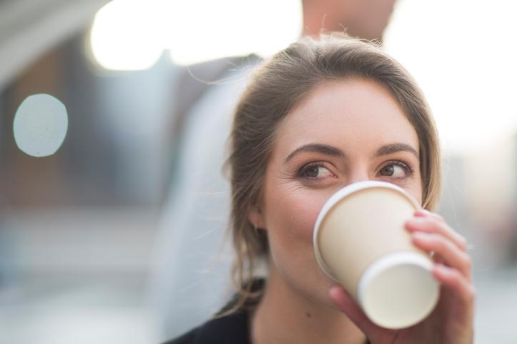 Hoeveel jouw dagelijkse gewoontes als lunch en koffie eigenlijk kosten