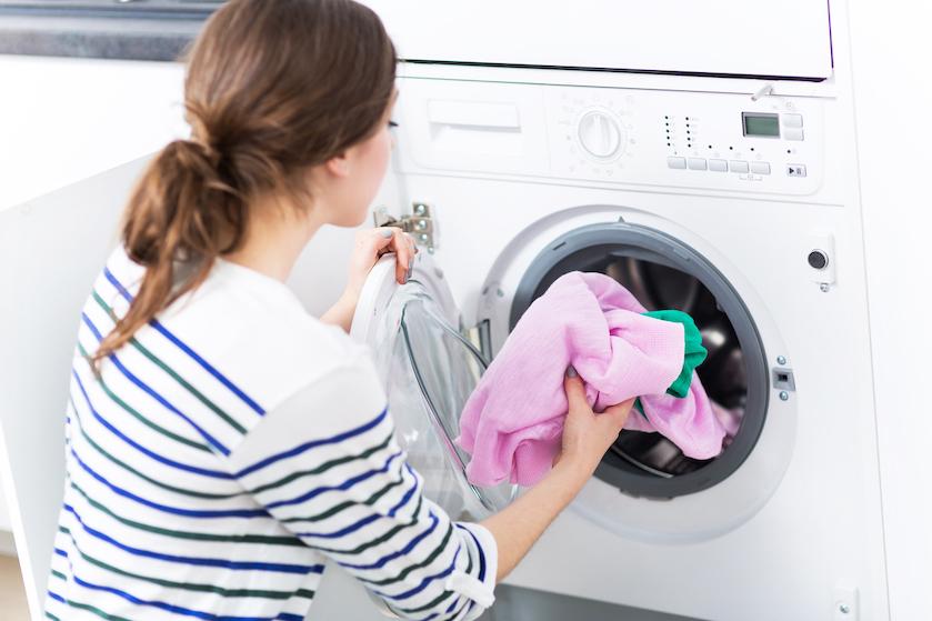 Niet ziek worden? Maak dit gedeelte van de wasmachine dan na iedere wasbeurt schoon