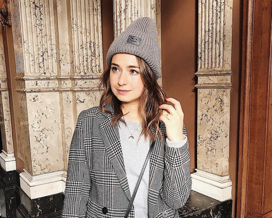 Redacteur Anne-Flore leefde als Instagrammer: 'Na een maand ontving ik gratis kleding'