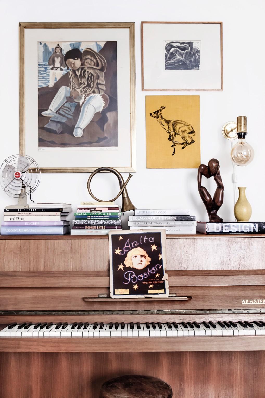Binnenkijker piano