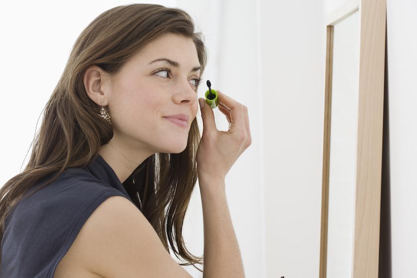 Voor regen én zonneschijn: zo maak je iedere normale mascara waterproof