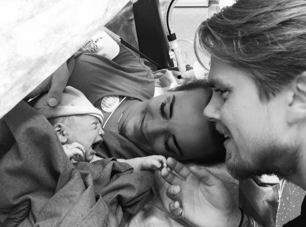 André Hazes Jr. vertelt over drama bij geboorte zoontje