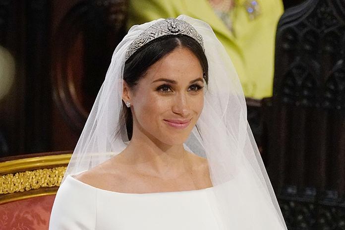 Nog steeds verliefd op de trouwjurk van Meghan? Hier scoor je een exacte kopie ervan