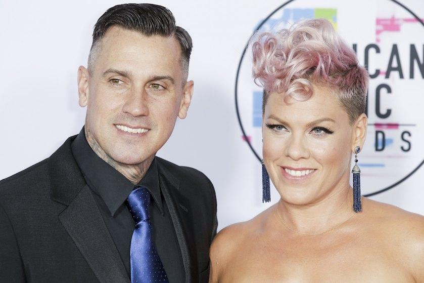 Pink over huwelijk: 'De enige reden dat we nog samen zijn is vanwege 17 jaar therapie'