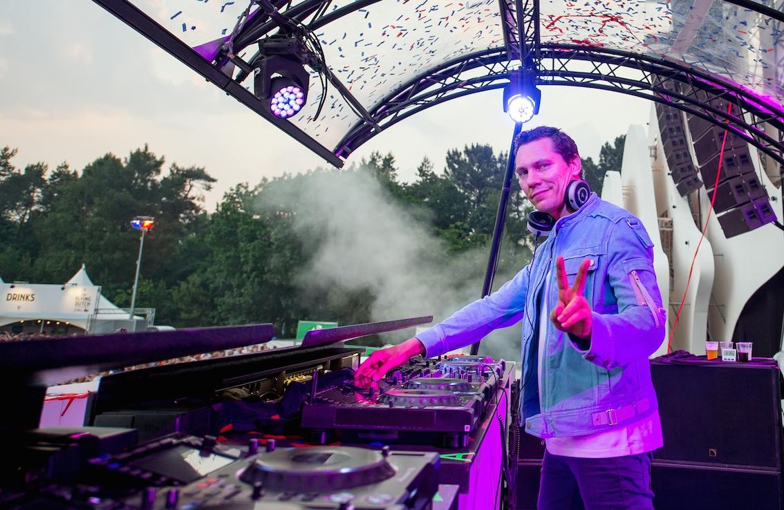 Wow: Dj Tiësto in Forbes top 100 van celebrity inkomens!