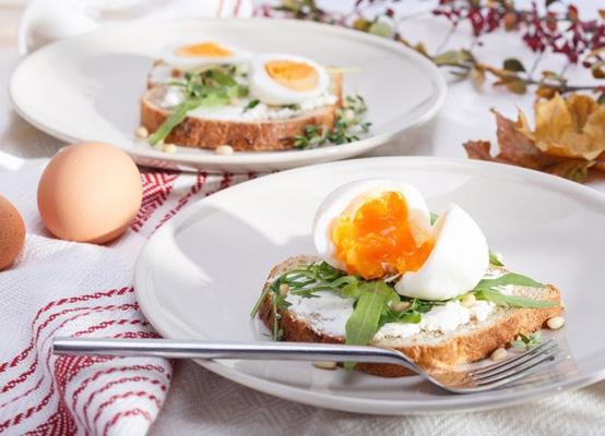 Maak jij ook deze grote fout tijdens het ontbijt?