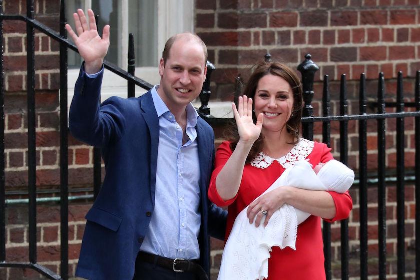 Happy family: Kensington Palace geeft gloednieuwe gezinsfoto van William en Kate vrij