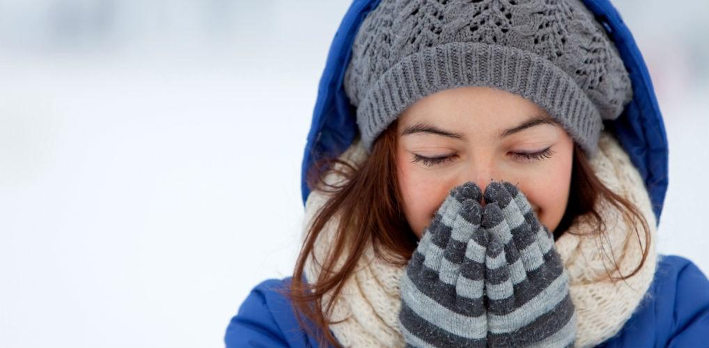 Aha: dit is waarom je een loopneus krijgt van de kou