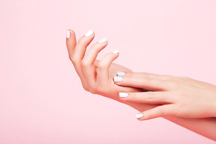 Lekker vrolijk: de nagellak kleuren voor de zomer