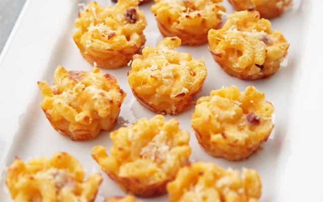 RECEPT: Macaronimuffins met kaas en ham