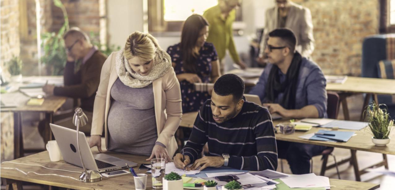 Zwangerschapsdiscriminatie op je werk? Daarvoor komt een meldpunt