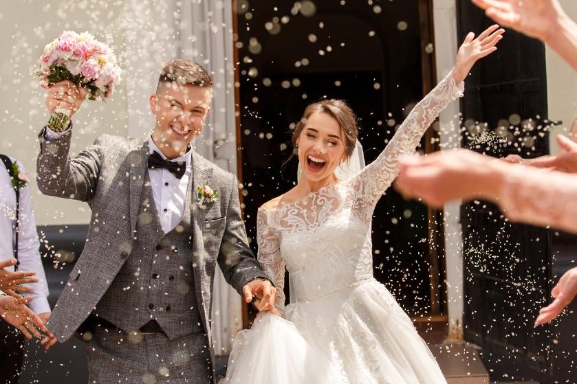 Besparen op trouwfoto's? Met deze originele tips leg je je bruiloft een stuk goedkoper vast