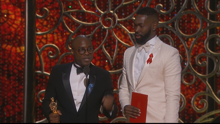 ZIEN: Moonlight wint Oscar na grote fout bij aankondiging