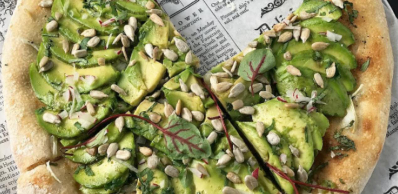 De dag die je wist dat zou komen: dit restaurant serveert avocadopizza