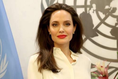 Hear hear: Angelina Jolie speecht over seksueel misbruik