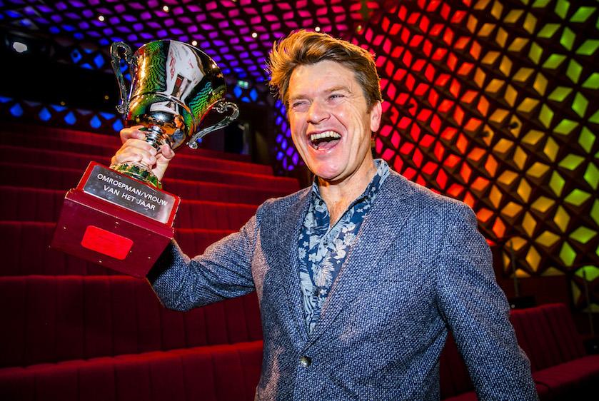 Ein-de-lijk! RTL bevestigt: Beau gaat nieuwe late night-show presenteren