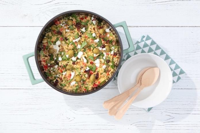 Recept: snelle en slanke couscous met spinazie, olijven en munt