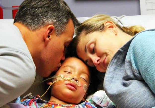 ZIEN: Ouders van ziek meisje krijgen heel goed nieuws van haar lerares