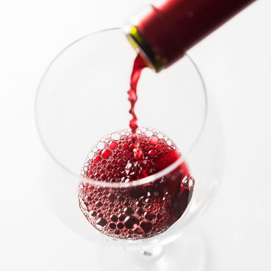 Zo voorkom je die typische rode wijn-koppijn