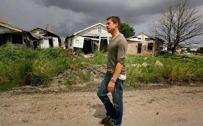 Brad Pitt bouwt huizen voor slachtoffers van orkaan Katrina