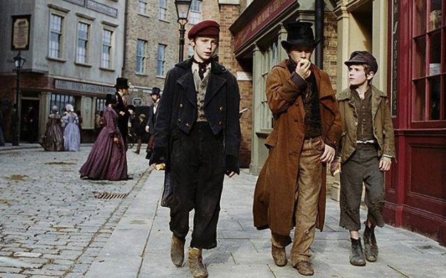 YAY: Disney brengt het verhaal van 'Oliver Twist' tot leven