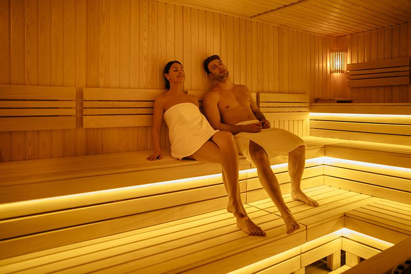 Happy End: 'Seks in de sauna, ik weet dat het niet mag en toch deed ik het'