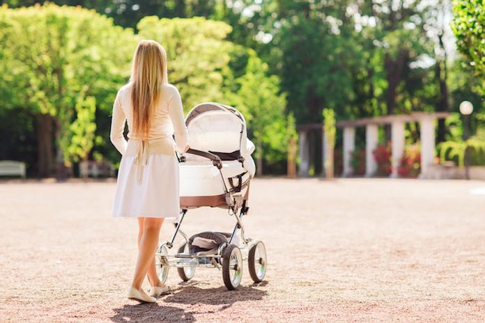 Heftig: waarom een doek over de kinderwagen geen goed idee blijkt te zijn