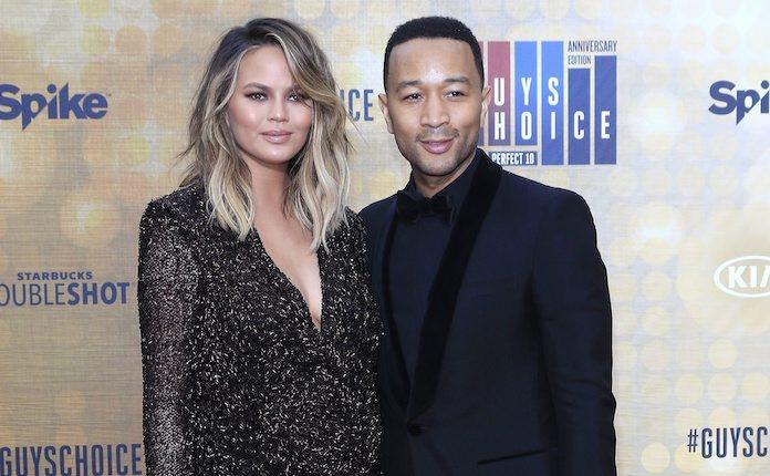 Chrissy Teigen en John Legend zijn klaar voor tweede kindje
