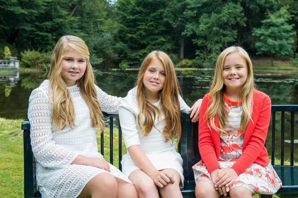 Zien: nieuwe foto's van de prinsesjes!