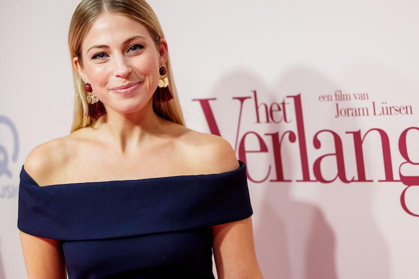 Prachtige naam met Griekse roots: actrice Sarah Chronis (34) bevallen van zoontje