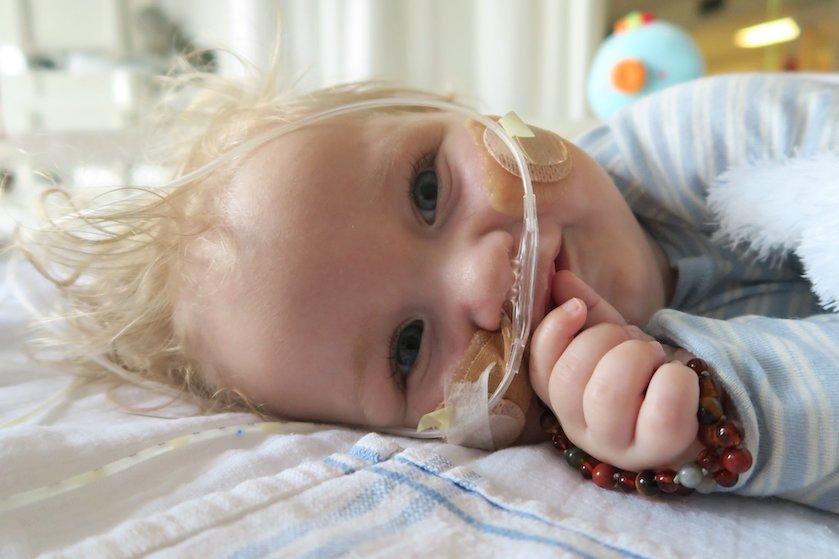 Baby Jayme onderweg naar Hongarije: 'Het onmogelijke is mogelijk gemaakt'
