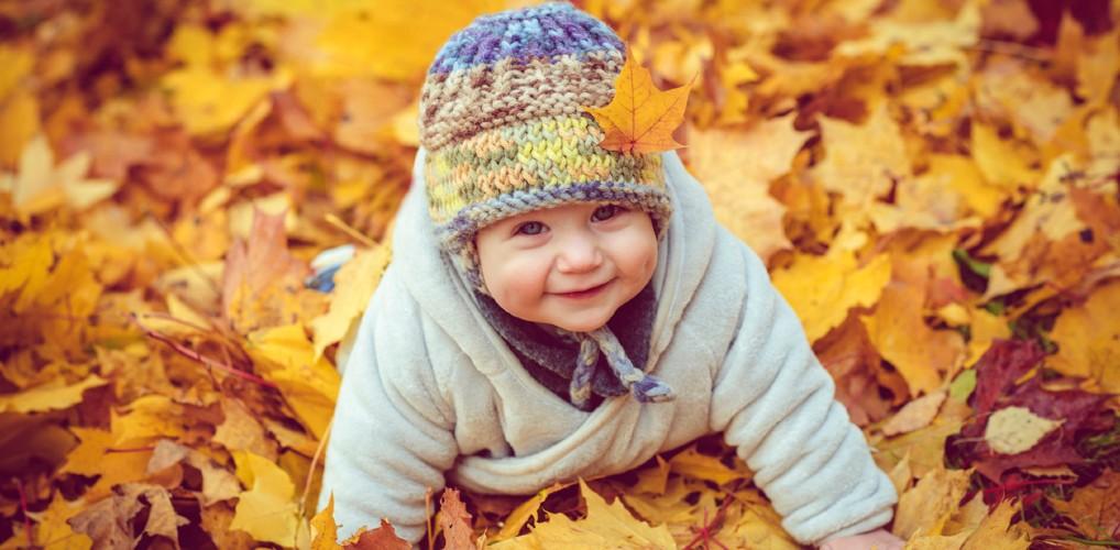 Waarom kinderen die zijn geboren in november volgens de wetenschap gezonder zijn