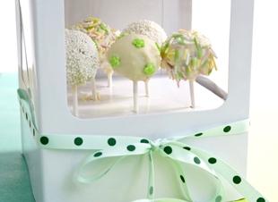 Traktatie: cakepops in doos