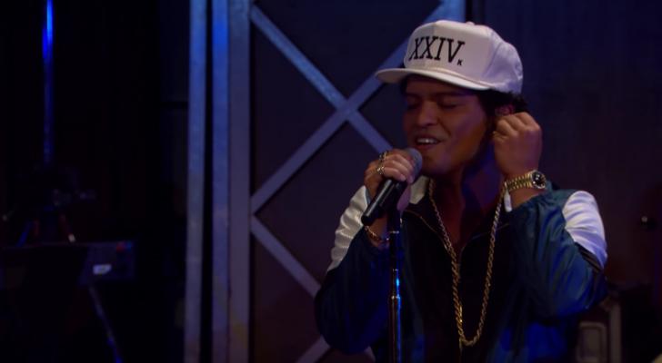 VIDEO: Bruno Mars geeft een eighties touch aan 'All I Ask' van Adele en dat klinkt ge-wel-dig