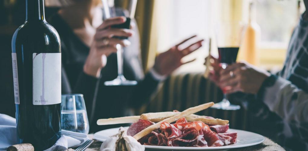 Bewezen: vrouwen die meer drinken zijn intelligent