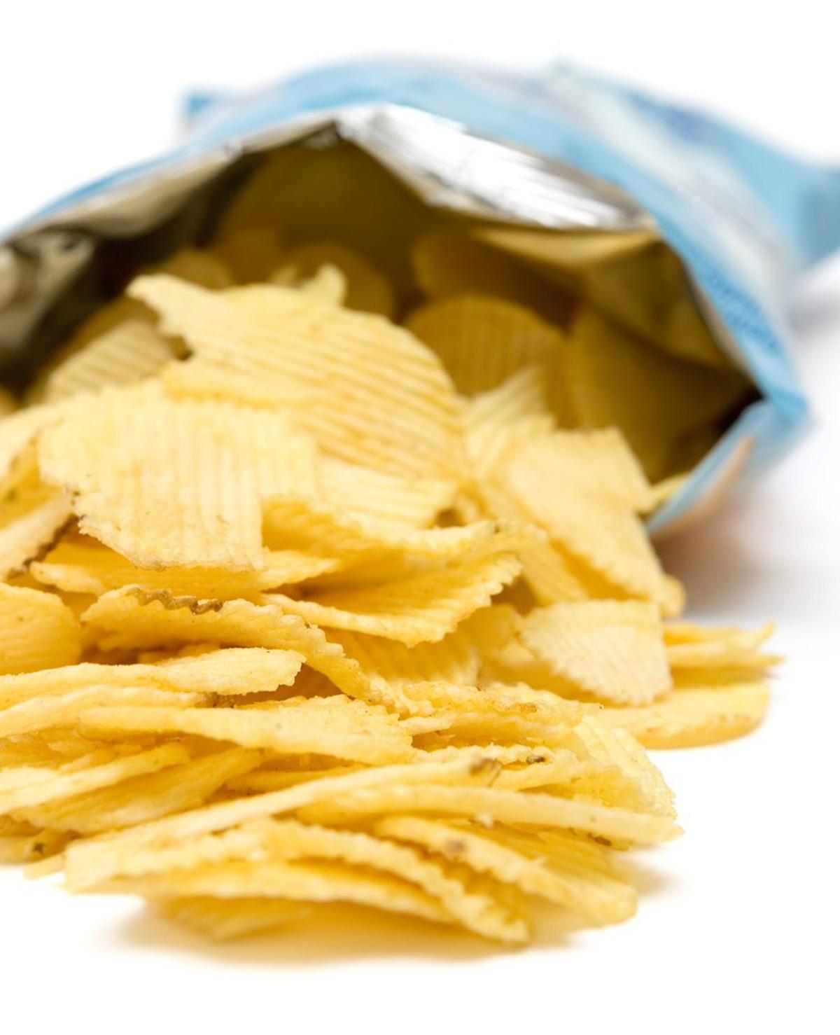 Dit is waarom een zakje chips maar voor de helft gevuld is