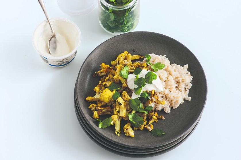 Happy de preppy: zo maak je bloemkool op z'n Indiaas met rijst