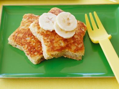 Traktatietoetje: stervormige wentelteefjes met banaan