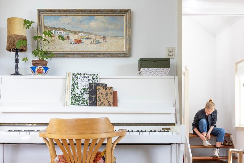 Binnenkijken in een voormalige dokterswoning: 'Het werd echt een familiehuis'