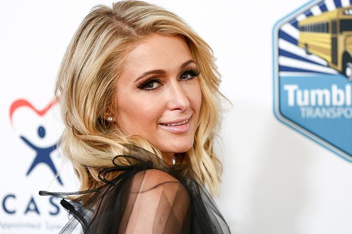 Luxeproblemen: Paris Hilton laat voor de zekerheid drie extra verlovingsringen maken