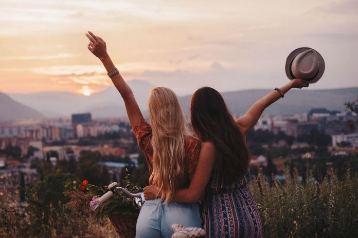 Een beste vriendin op afstand: dít is waarom het werkt