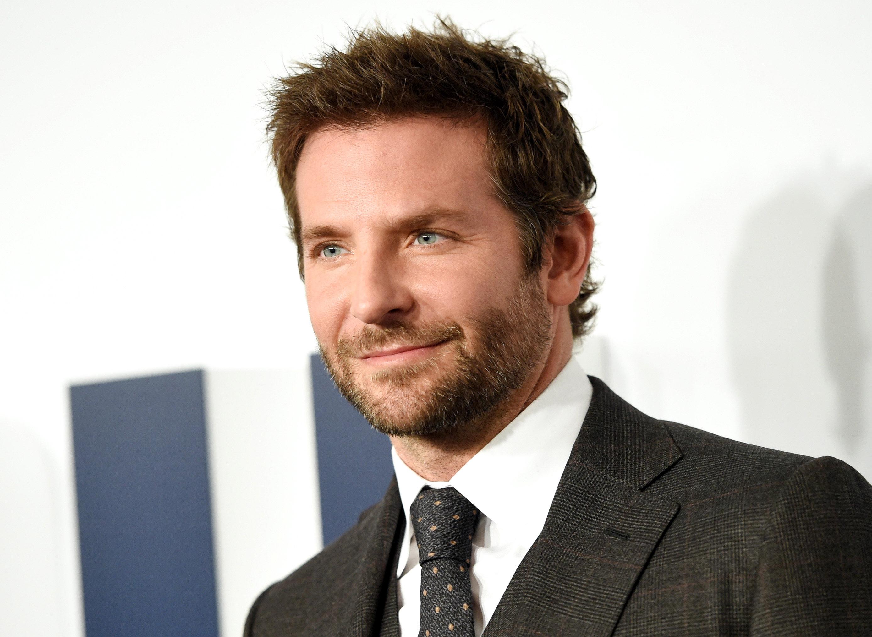 OMG! Is Bradley Cooper verloofd?