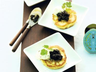 Recept: bloemkoolblini's met kaviaar