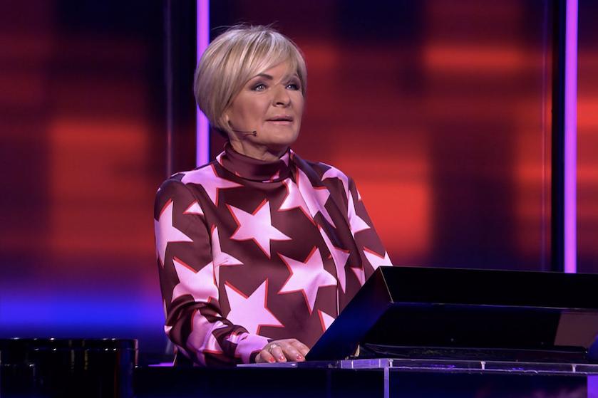 Kijkers schrikken van uiterlijk Caroline Tensen in 'Eén tegen 50': 'Foutje botox ben ik bang'